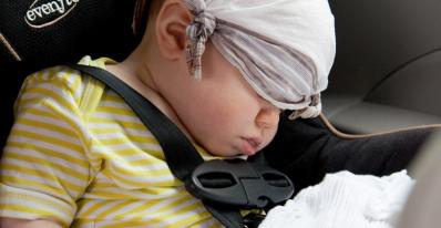 Las reglas que se deben respetar para llevar a los niños en el coche